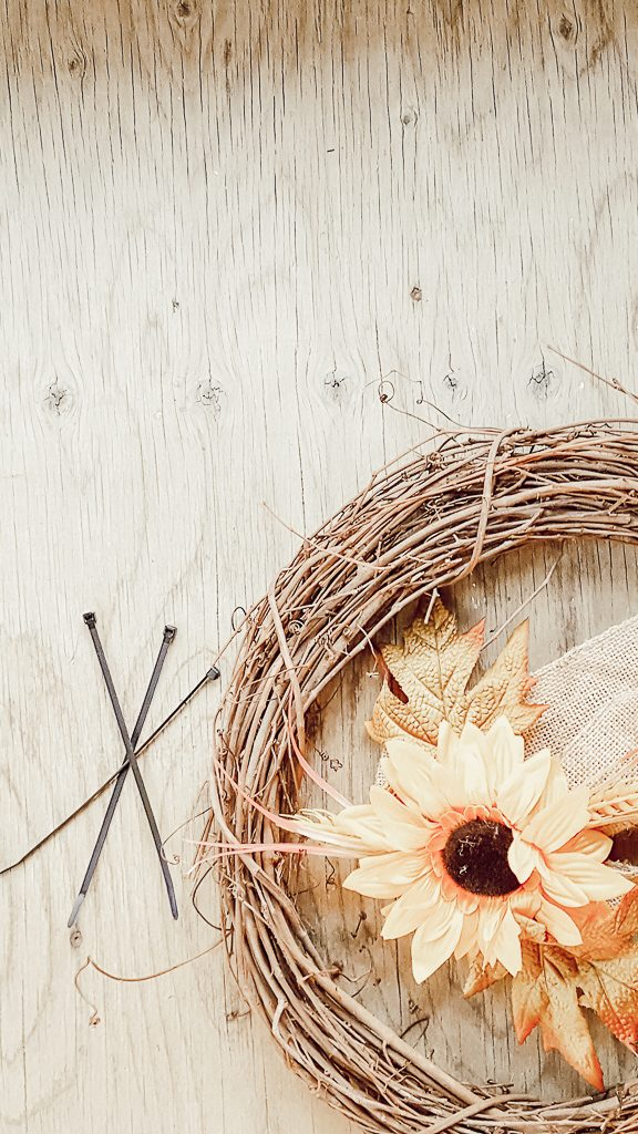 DIY Fall Sunflower Wreath