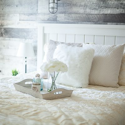 Ivory Ruffled Quilt Set
