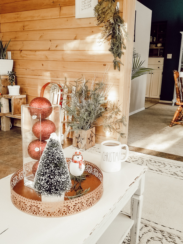 Sunroom Christmas Home Tour