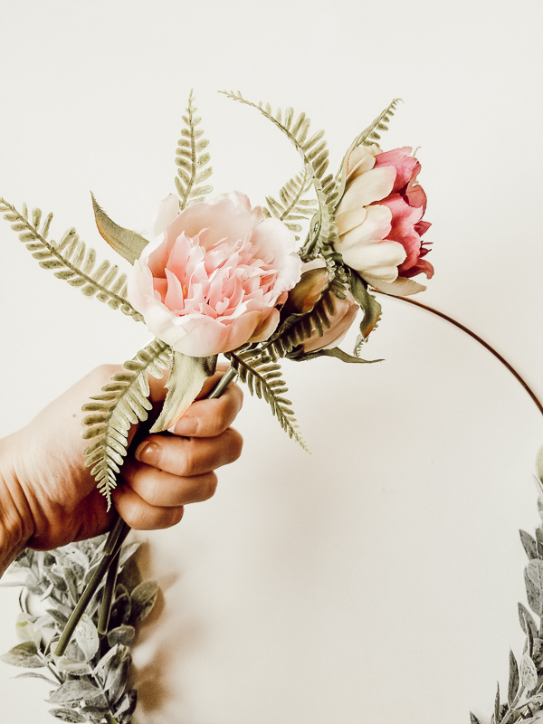 Decorating With Faux Florals | One bouquet three ways