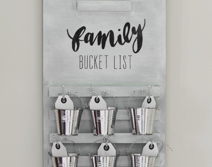 wall mounted bucket list