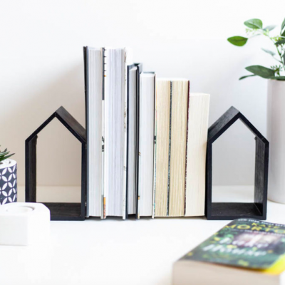 modern bookends using dollar store supplies