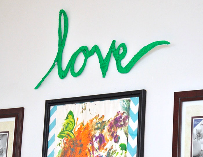 make your own letter art using yarn