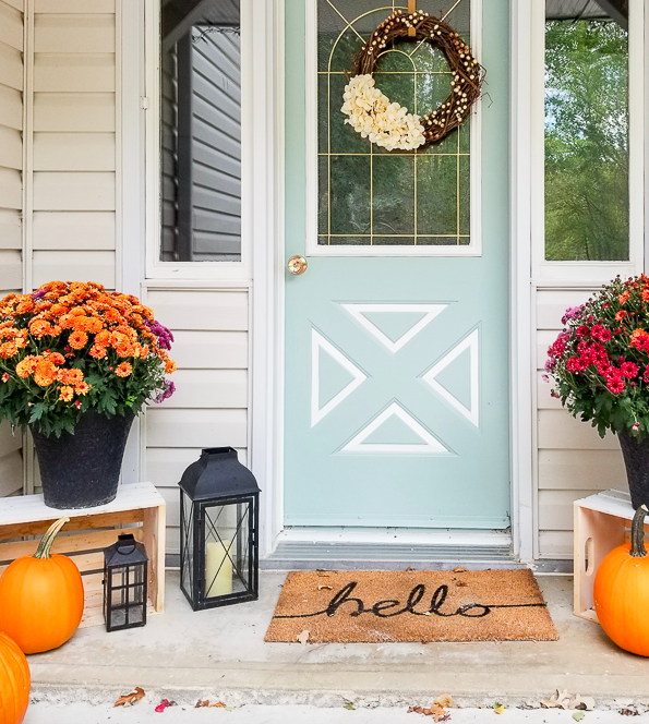 how to decorate with crates outdoors